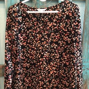 Floral fall long sleeve top!